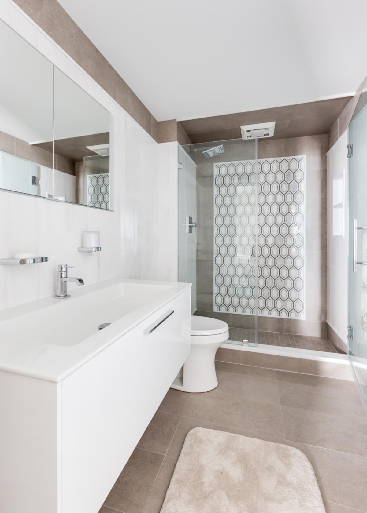 Bathroom remodel gallery boardwalk builders for Bathroom remodel under 5 000